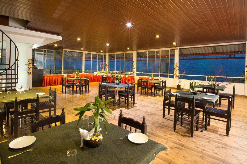 13-restaurant