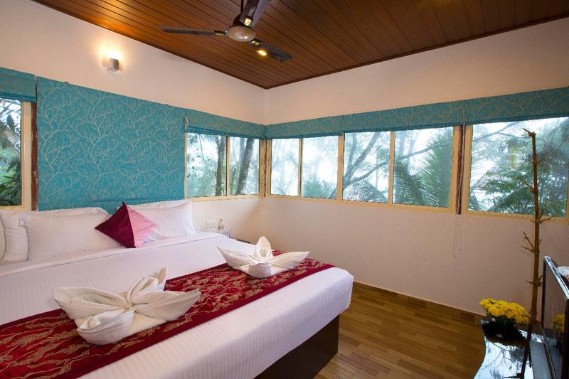8-honeymoon-treehouse